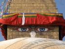 Buddhistischer Stupa Boudanath - allessehende Augen Buddhas