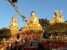 3 große Statuen am Buddha-Park