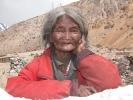 Alte tibetische Frau
