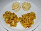 Tingmo mit Bohnen- und Kartoffel-Curry