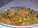 Gebratener Reis mit Gemüse und Huhn